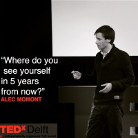 Alec Momont