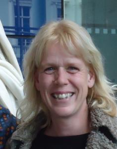 Liesbeth Mantel Headshot