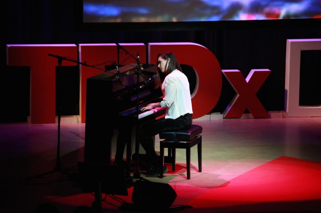 TEDX9891